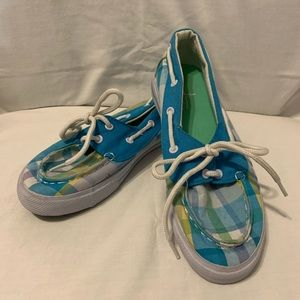 Girl's Blue Fin plaid dock shoes size 1